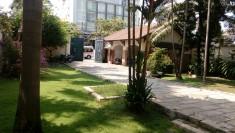 Cho thuê biệt thự thảo điền quận 2, nhà đẹp, vị trí cực tốt, 1200m2, sân vườn hồ bơi, 6800 usd