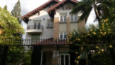 Biệt thự cho thuê phường thảo điền quận 2, 700m2, full nội thất, hồ bơi, 4200 usd/tháng