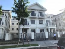 Hót, Chính chủ căn nhà phố và biệt thự sân vườn Quận 2 cần bán gấp với giá rẻ, khu cao cấp Quận 2