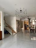 Bán biệt thự Thảo Điền Quận 2, MT đường Quốc Hương nối dài. DT 296m2, nhà đẹp, giá tốt 41 tỷ