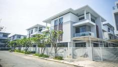 Biệt thự căn góc Phố Đông Q2 có sổ hồng, 10x20m giá chỉ 15,2 tỷ. LH 0902 802 803