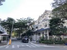 Bán biệt thự Saigon Pearl hoàn thiện nội thất đẹp. DT 7x21m, hầm + 4 tầng, giá tốt 58 tỷ
