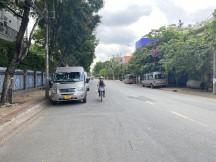 Bán đất 2MT đường Nguyễn Văn Hưởng, p Thảo Điền, Quận 2. DT 310m2, giá tốt, LH: 0934020014