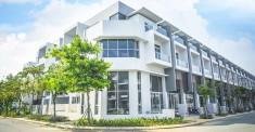 Bán nhanh shophouse Phố Đông Village có sổ hồng, 5x20m, 3,5 lầu giá rẻ 7,5 tỷ. LH 0902.802.803