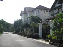 Cho thuê biệt thự Trần Não quận 2, 2 mặt tiền, gần sông, 4 phòng ngủ, giá rẻ 1200 USD