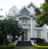 Cho thuê biệt thự an phú quận 2, Nhà 10x20m, 4 phòng ngủ đẹp,giá rẻ 2400 usd/tháng