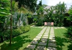 Cho thuê biệt thự quận 2, Thảo điền, hồ bơi, sân vườn 760m2, giá cực rẻ 1800usd