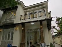 Biệt thự Thảo Điền Quận 2 DT: 11x29, có sân rộng. Gía thuê: 3500$/TH