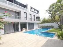 Villa Sân Vườn - Thiết Kế Châu Âu - Hồ Bơi, 4000$/TH. Thảo Điền, Quận2