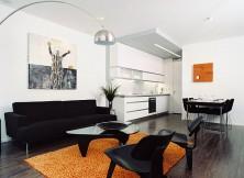 Cho thuê nhà nguyên căn Thảo Điền quận 2, 1 trệt 2 lầu 3PN,giá 900$