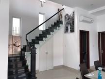 Cho thuê nhà mặt tiền đường Nguyễn Tuyển, BTT, Quận 2