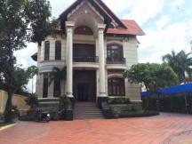 Cho thuê nhà  Trần Não, Bình An , Quận 2. Giá  80  triệu/  tháng.