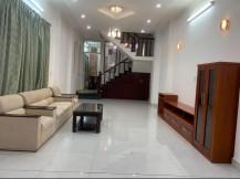 Cho thuê nhà nguyên căn 1 trệt 2 lầu, đường xe hơi, phường Thảo Điền, Quận 2.
